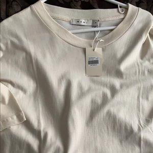 Mnml cream boxy t shirt !